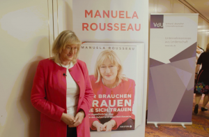 Manuela Rousseau is a woman on the supervisory board of the DAX-company Beiersdorf and book author and professor and encourages women at brave stories